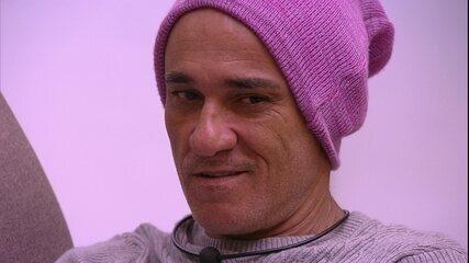 Breno acredita que será vetado na Prova do Líder e Ayrton avalia Diego