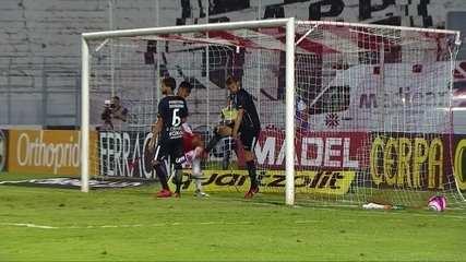 Reveja o gol contra marcado por Juninho Capixaba