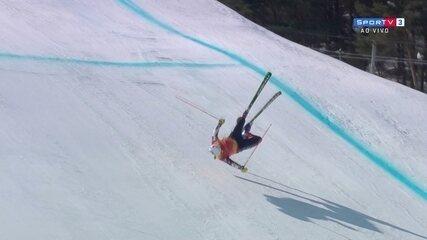 Veja queda de canadense no esqui estilo livre em PyeongChang