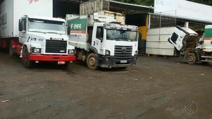 Problemas na frota de caminhões do Demlurb prejudicam coleta de lixo em Juiz de Fora