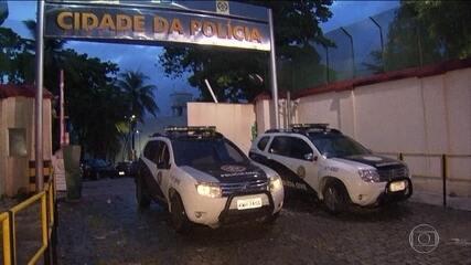 Forças de segurança fazem operação na Vila Kennedy, na Zona Oeste do Rio