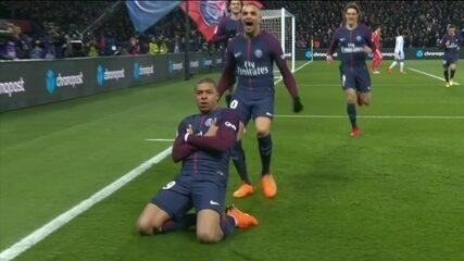 Gol do PSG! Mbappé faz bela jogada e abre o placar, aos 10 do 1º tempo