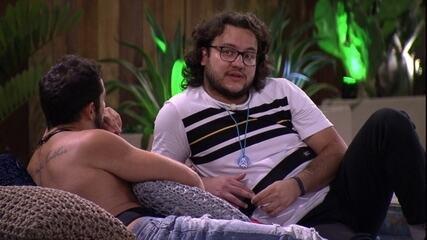 Diego conta sonho a Kaysar