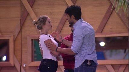 Lucas avisa Jéssica: 'Gente baixa vai te atacar de qualquer maneira'