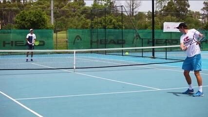 Primeiro tenista com deficiência permanente a ter pontos na ATP, Alex Hunt inspira