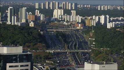 Apagão deixa trânsito congestionado em diversas avenidas de Salvador