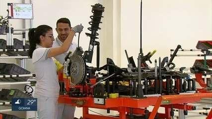 Fábrica da Jeep passa a operar durante 24 horas por dia para aumentar produção