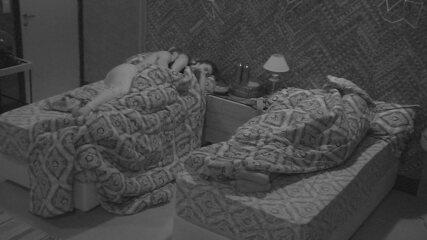 Brothers dormem no Bangalô do Líder
