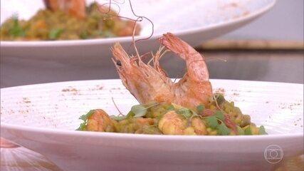 Risoto de camarão com açafrão