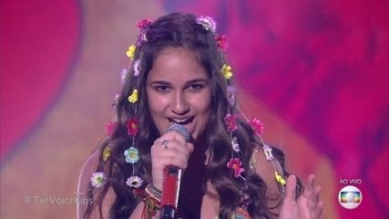 Livia Bernarde canta 'Cheguei para te amar' na semifinal do 'The Voice Kids'