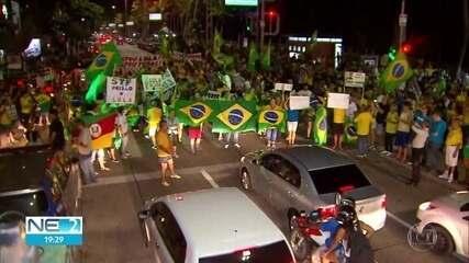 Ato no Recife pede prisão do ex-presidente Lula