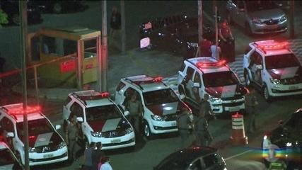 Clima fica tenso entre polícia e apoiadores de Lula