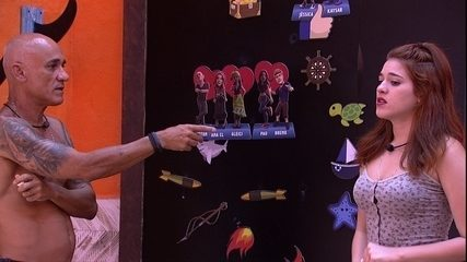 Ana Clara conta conversa que teve com Paula para Ayrton
