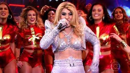 Naiara Azevedo homenageia cantora Joelma no 'Show dos Famosos'