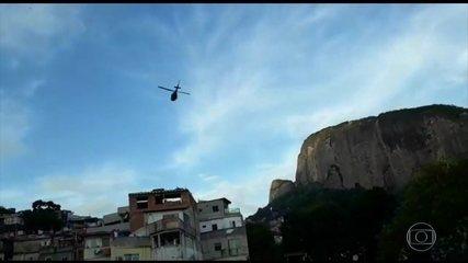 Tiroteio intenso na Rocinha, no Rio, deixa PM morto e 3 pessoas feridas