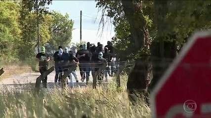 Encapuzados, torcedores do Sporting-POR invadem o CT e agridem jogadores