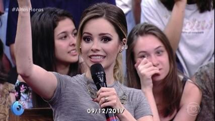Sandy relembra momentos com Laura Muller