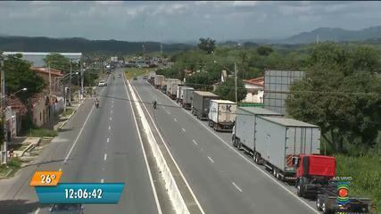 Caminhoneiros fazem terceiro dia de protesto na Paraíba