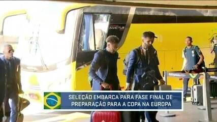 Delegação da Seleção Brasileira chega no Aeroporto do Galeão