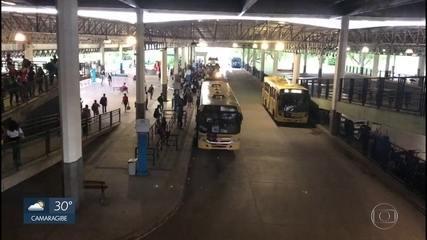 Movimento do ônibus volta ao normal na Região Metropolitana; Paudalho tem 50% da frota