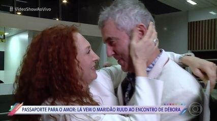Debora Olivieri conheceu o marido em aplicativo de relacionamentos