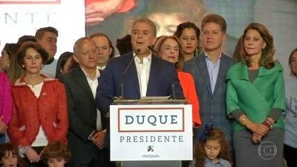 Colombianos elegem conservador para presidente