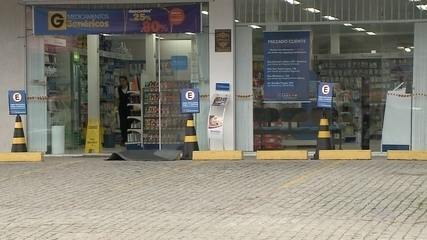 Vigilante de farmácia é baleado em tentativa de assalto