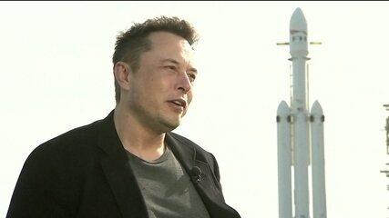 Bilionário Elon Musk oferece ajuda em resgate da Tailândia