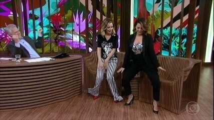 Sandy e Fernanda dançam remexe