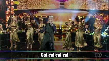 """Silvero Pereira canta """"Cai, Cai"""""""