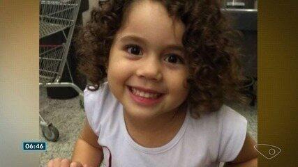 Quadro de saúde da menina do ES que perdeu os pais em acidente é estável, diz hospital