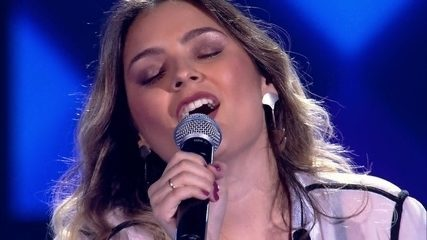 "Maraia Takai canta ""Don't You Worry 'Bout A Thing"""