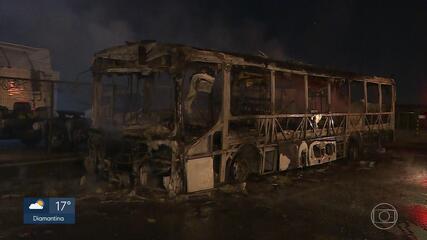 Quase 130 pessoas foram presas suspeitas de participar de ataques a ônibus em MG