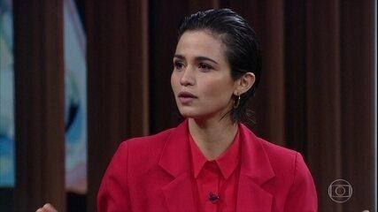 Nanda Costa explica como últimas personagens a ajudaram a se assumir gay