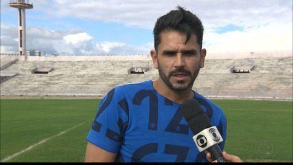 Artilheiro do Treze, Adelino relembra vocação para virar jogos difíceis, como contra a Ulbra-RS, pela Copa do Brasil 2005