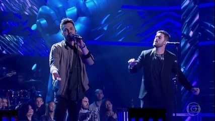"Cadu Duarte e Ian Alone cantam ""Feeling Good"""