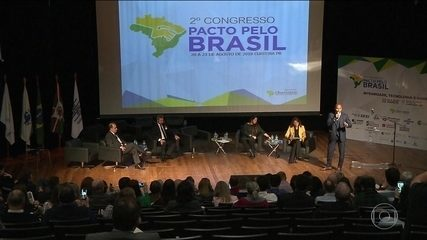 """Congresso """"Pacto pelo Brasil"""" apresenta 70 medidas de combate à corrupção"""