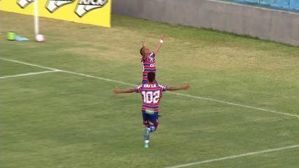 Em reestreia pelo Fortaleza, Clodoaldo faz gol aos 49 do segundo tempo