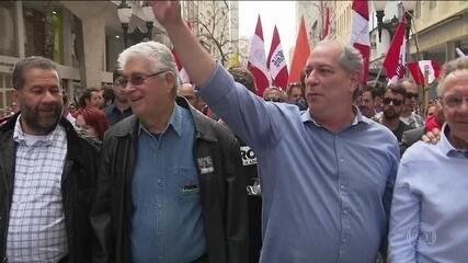 Candidato do PDT, Ciro Gomes faz campanha no Paraná