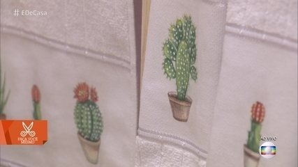 Veja como decorar toalhas com guardanapo de papel e cola