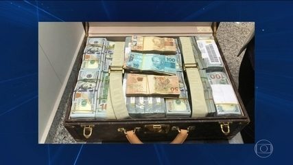 PF apreende malas com dinheiro e relógios com o vice-presidente da Guiné Equatorial
