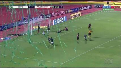 Goiás vence Atlético-GO por 2 a 1, de virada, e volta ao G-4: veja como foi