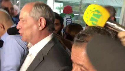 Ciro Gomes sobre apoio do PDT a Haddad: 'Abaixo o fascismo'