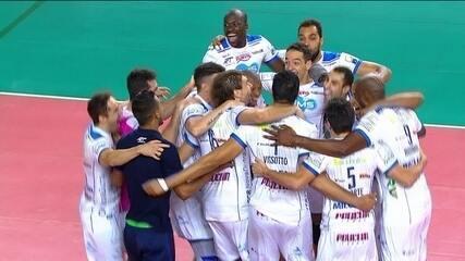 Melhores momentos: Sesi-SP 3 (20) x (25) 1 Taubaté pela final do Campeonato Paulista