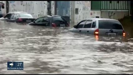 Chuva forte causa transtornos na capital e no ABC
