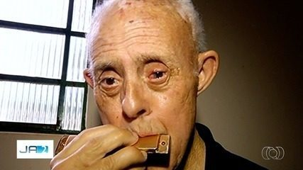Homem com síndrome de down mais velho do Brasil é goiano