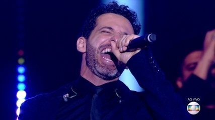 Mouhamed Harfouch canta 'Last Nite'