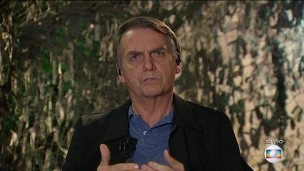 Presidente eleito, Jair Bolsonaro é entrevistado no JN