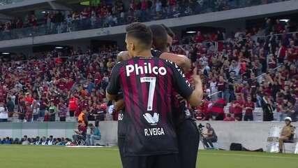 Melhores Momentos: Atlético-PR 2 x 0 Cruzeiro pela 33ª rodada do Brasileirão