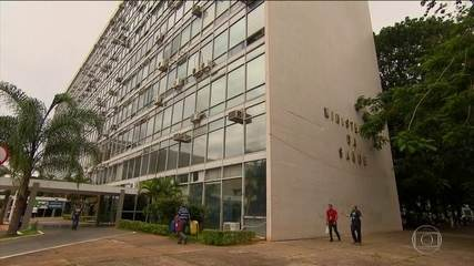 Médicos cubanos que trabalham no Brasil deixarão o país até o fim do ano